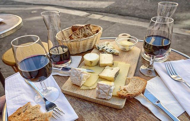 Une journée de peche peut aussi être accompagné d'un bon plateau de fromage