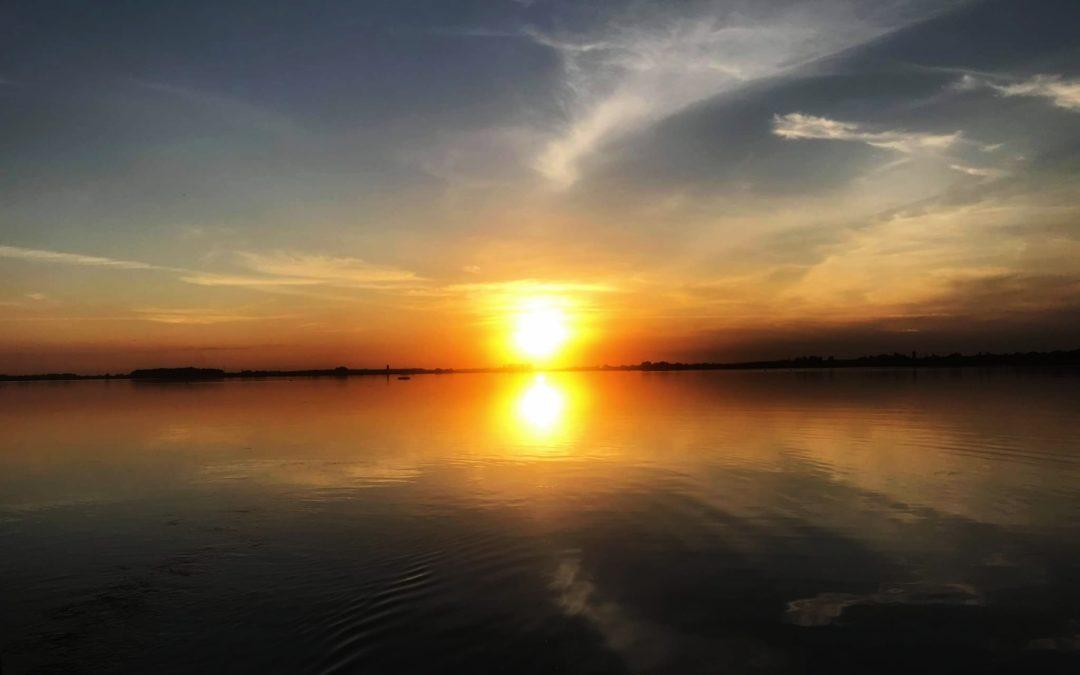 Fin de journée pêche apres une journée avec un guide sur les lacs d'Orient